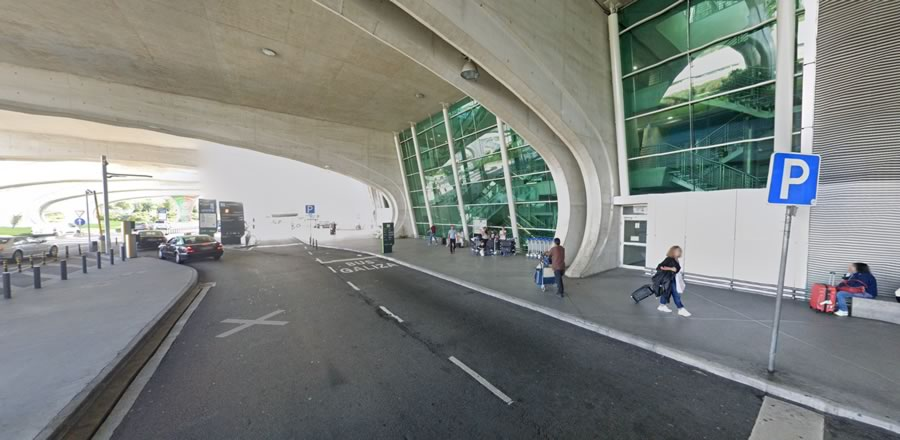 Parada Terminal Aeropuerto Oporto