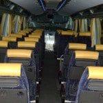 interior de autobus en azul